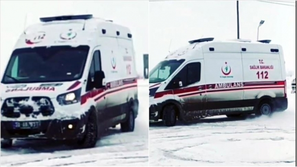 AMBULANSLA KARLI ZEMİNDE DRİFT